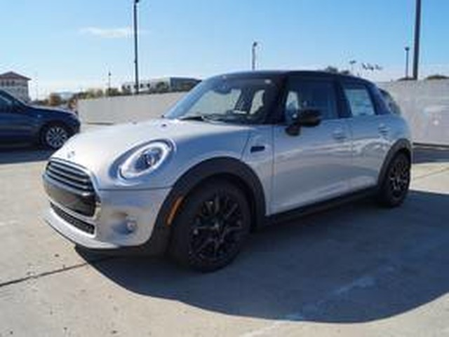 New 2016 MINI Cooper Hardtop 4 Door  Front Wheel Drive Hatchback